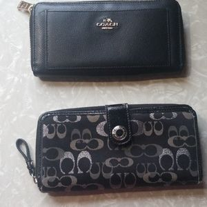 2 coach wallets